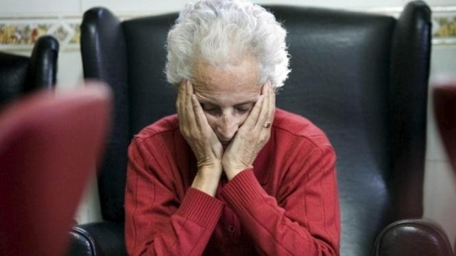 Cuidar+una+persona+amb+Alzheimer+costa+31.000+euros+a+l%27any