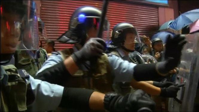 Manifestacions+a+Hong+Kong+en+contra+del+govern+proxin%C3%A8s