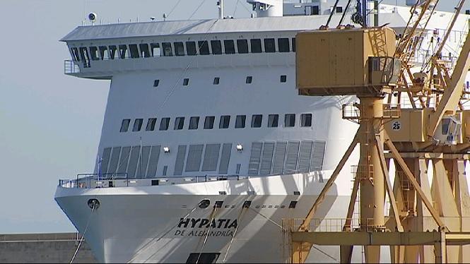 Parteix+el+vaixell+de+Bale%C3%A0ria+on+havien+trabucat+camions