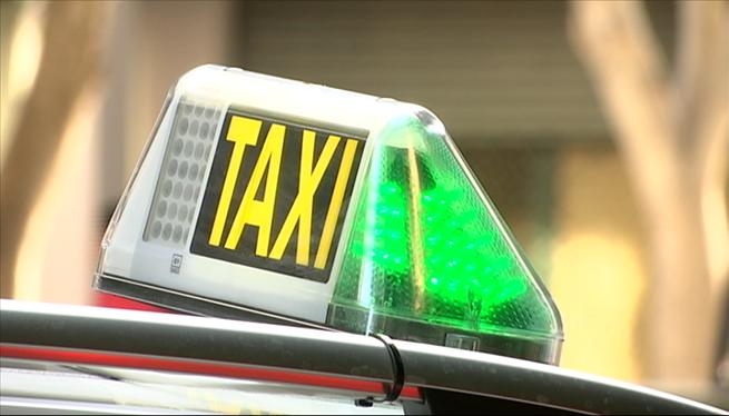 Els+taxistes+d%27Eivissa+no+volen+llic%C3%A8ncies+d%27estiu+%26%238216%3Bperqu%C3%A8+no+hi+haur%C3%A0+feina+per+a+tots%27