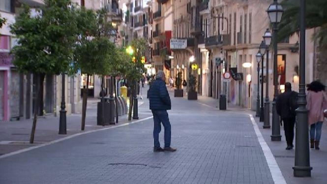 Aflu%C3%A8ncia+a+la+Platja+de+Palma%2C+per%C3%B2+poca+gent+als+carrers