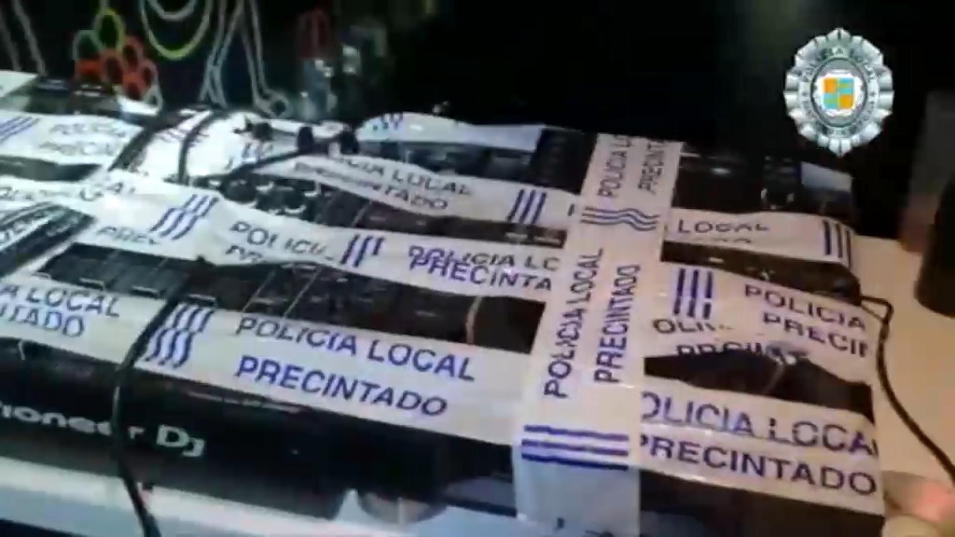 L%26apos%3Boci+nocturn+xapat+i+m%C3%A9s+festes+il%C2%B7legals+que+mai+a+Eivissa+i+Formentera