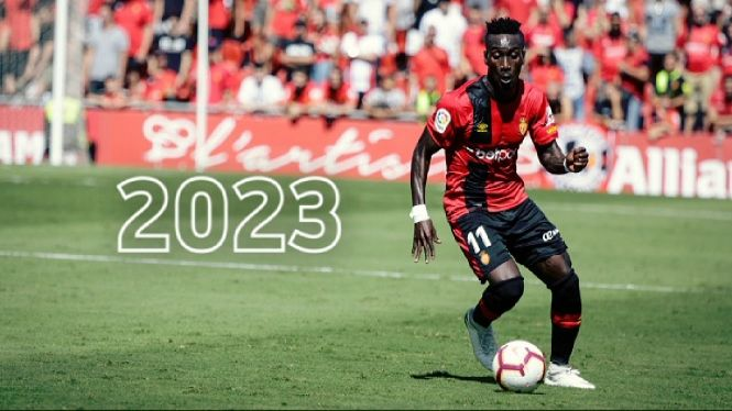 Lago+Junior%2C+content+de+quedar+al+Mallorca+fins+2023