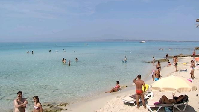 7+de+cada+10+residents+a+les+Illes+estan+satisfets+amb+el+turisme
