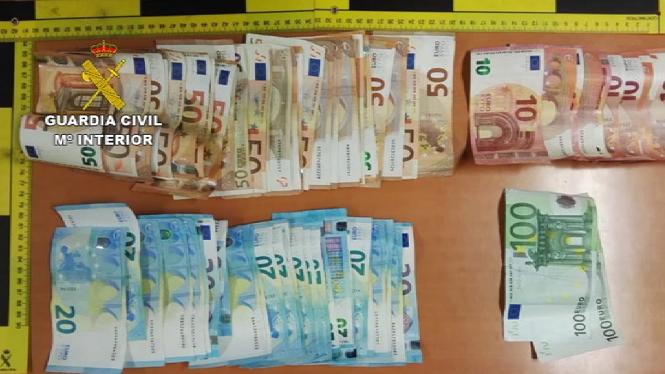 Detinguda+una+banda+especialitzada+en+furts+a+comer%C3%A7os+de+Santa+Eul%C3%A0ria+des+Riu