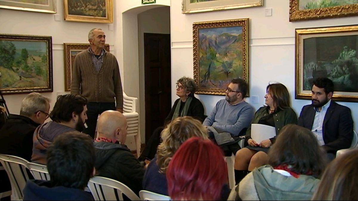 Valldemossa+dona+el+sus+a+un+cap+de+setmana+de+debat+Rep%C3%BAblica-Monarquia