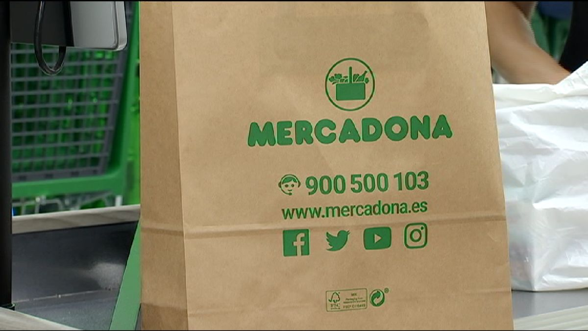 Mercadona+elimina+les+bosses+de+pl%C3%A0stic+en+els+49+supermercats+de+les+Balears