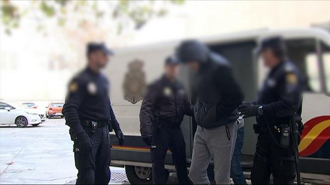 Passen+a+diposici%C3%B3+judicial+6+dels+16+detinguts+de+la+Banda+United+Tribuns