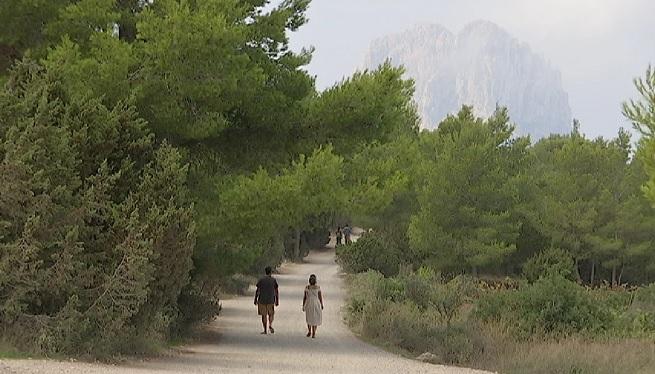 Quatre+dels+indrets+m%C3%A9s+visitats+pels+turistes+a+Sant+Josep%2C+barrats+al+pas+de+vehicles+l%27estiu+que+ve