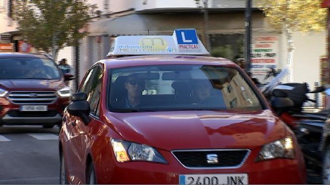 Fins+a+dos+mesos+d%27espera+per+fer+l%27examen+de+conduir+a+Eivissa