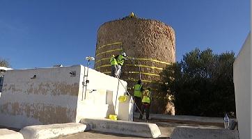 Sant+Josep+comen%C3%A7a+les+feines+per+encanyar+la+torre+de+Can+Curt+de+Sant+Agust%C3%AD