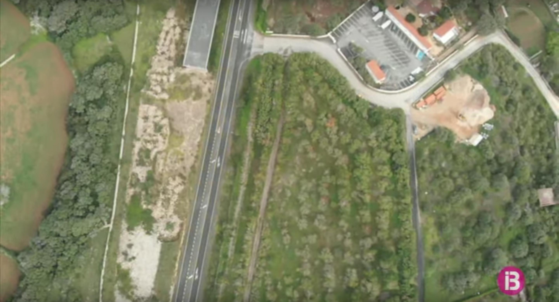 A+Menorca+nom%C3%A9s+transiten+per+la+carretera+general+poc+m%C3%A9s+de+1.500+vehicles+diaris