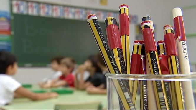 El+PP+acusa+la+Conselleria+d%27Educaci%C3%B3+de+massificaci%C3%B3+a+les+aules