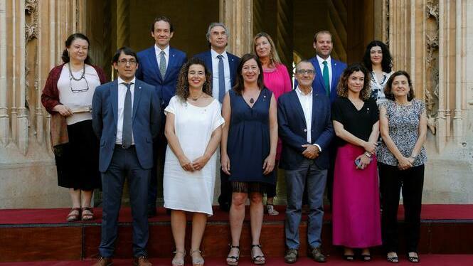 Prometen+el+c%C3%A0rrec+els+onze+consellers+del+nou+Govern