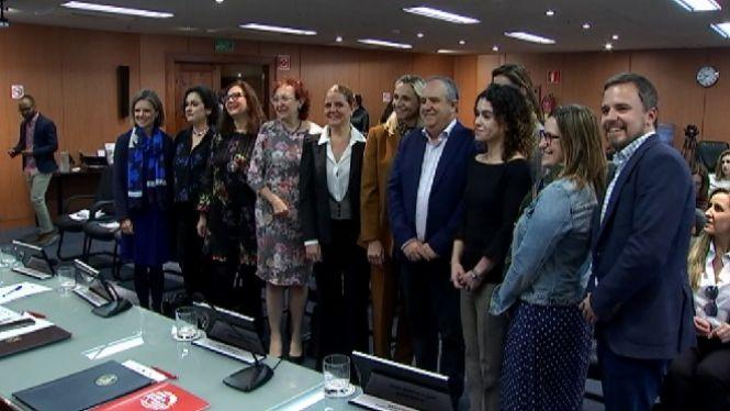 Quatre+institucions+de+les+Balears+es+comprometen+a+promoure+la+pres%C3%A8ncia+de+dones+expertes+a+debats+i+confer%C3%A8ncies