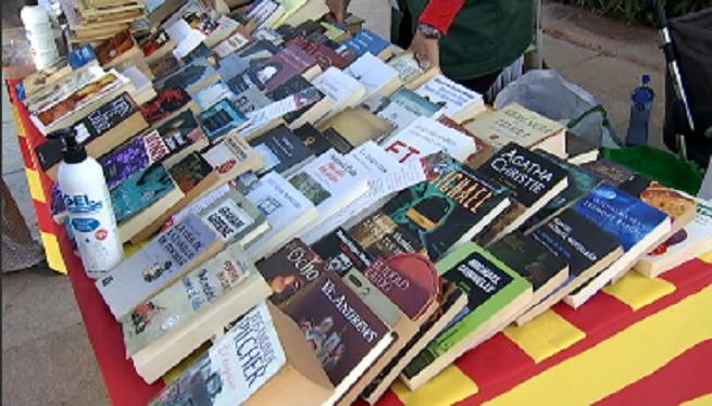 Mat%C3%AD+de+llibres+i+roses+a+Sant+Francesc