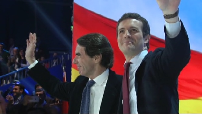 Aznar+consagra+el+lideratge+de+Pablo+Casado+al+PP