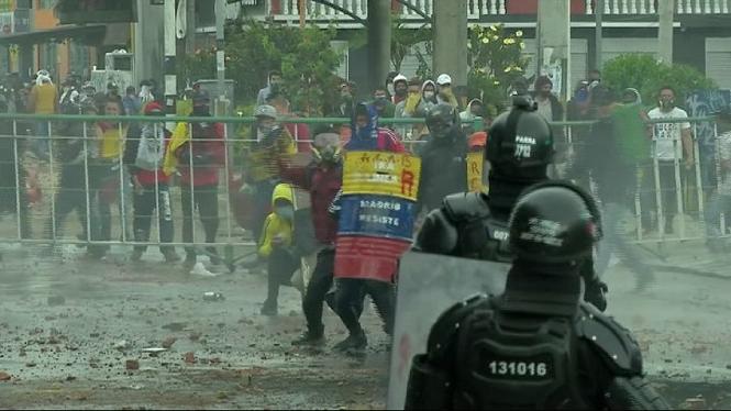 Quatre+morts+a+Col%C3%B2mbia+en+una+nova+jornada+de+protestes