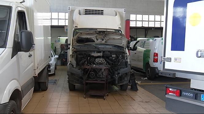 La+FEBT+remet+al+Consell+un+llistat+dels+vehicles+que+necessiten+passar+la+ITV+amb+m%C3%A9s+urg%C3%A8ncia