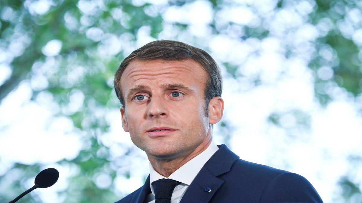 La+popularitat+de+Macron+s%27enfonsa+per+davall+de+la+d%27Hollande