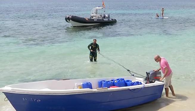 Detinguts+els+sis+tripulants+d%27una+pastera+arribada+a+Formentera