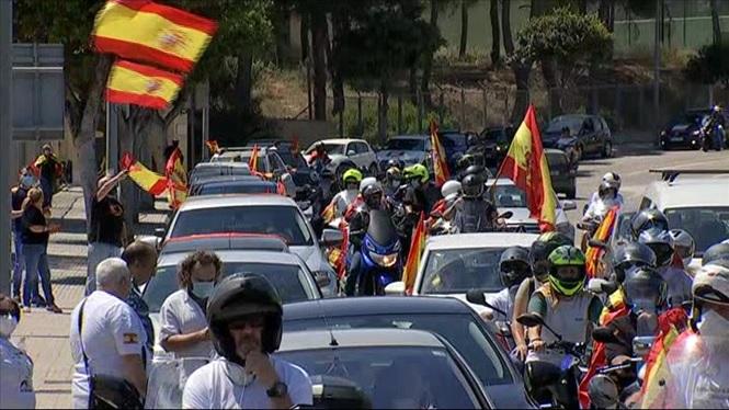335+vehicles+participen+a+la+marxa+de+Foro+Baleares+per+reclamar+la+dimissi%C3%B3+del+Govern+central