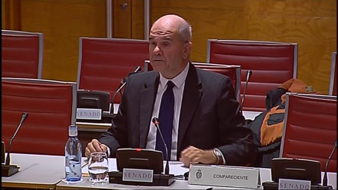Manuel+Chaves+defensa+al+Senat+que+no+hi+ha+finan%C3%A7ament+il%C2%B7legal+del+PSOE