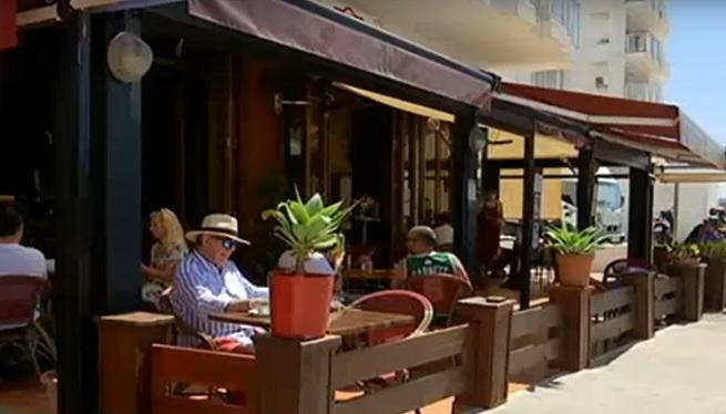 Sant+Antoni+tamb%C3%A9+opta+per+ampliar+l%27espai+per+a+les+terrasses+de+bars+i+restaurants