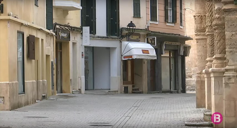 Menorca+recull+la+petici%C3%B3+d%27ajudar+els+comerciants+a+pagar+el+lloguer+dels+seus+locals