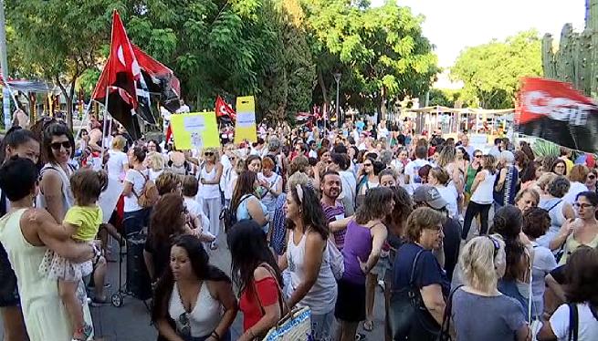Prop+de+500+persones+participen+a+la+manifestaci%C3%B3+de+les+%26%238216%3Bkellys%27+a+Eivissa