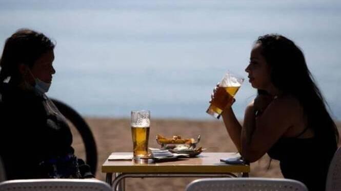 El+Govern+podria+eliminar+les+restriccions+a+les+reunions+socials+de+matinada+a+Mallorca+i+Formentera