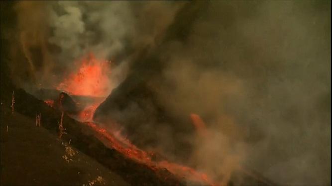 La+reactivaci%C3%B3+del+volc%C3%A0+de+La+Palma+obliga+a+noves+evacuacions