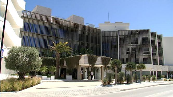 Comencen+a+obrir+hotels+a+Eivissa+amb+un+7%25+de+la+planta+hotelera+oberta
