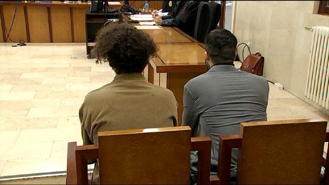 Condemnen+dos+joves+per+agredir+i+insultar+un+militar+a+Palma