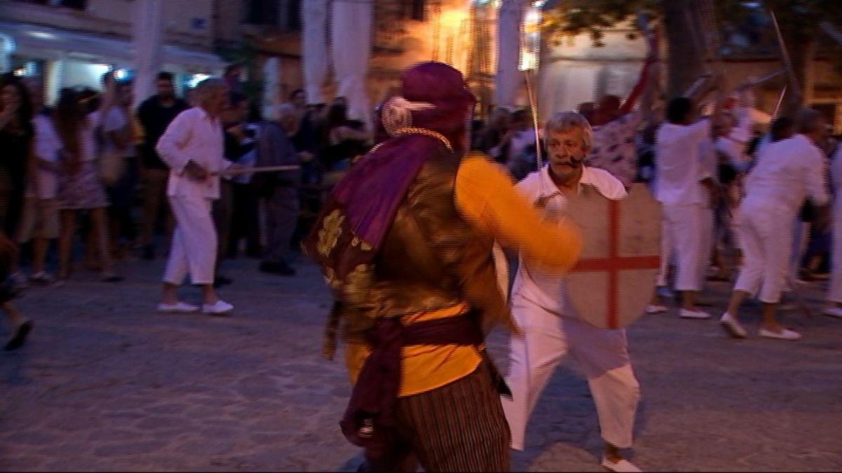 Valldemossa+viu+amb+alegria+la+sisena+edici%C3%B3+de+la+festa+de+Moros+i+Cristians
