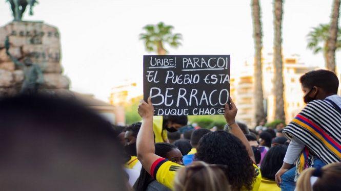 Els+colombians+residents+a+les+Balears+es+mostren+preocupats+per+la+brutalitat+policial