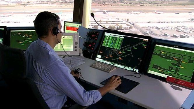 Els controladors aeris critiquen que la privatització de les torres serà negatiu per als passatgers