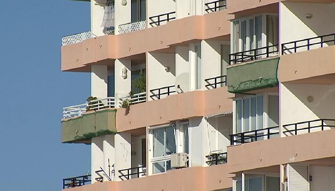 A+Eivissa+nom%C3%A9s+Vila+i+Santa+Eul%C3%A0ria+inspeccionen+l%27estat+dels+seus+edificis+m%C3%A9s+antics