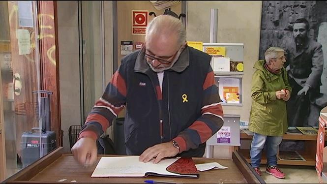 L%27Obra+Cultural+Balear+reclama+la+llibertat+dels+pol%C3%ADtics+catalans+a+la+pres%C3%B3