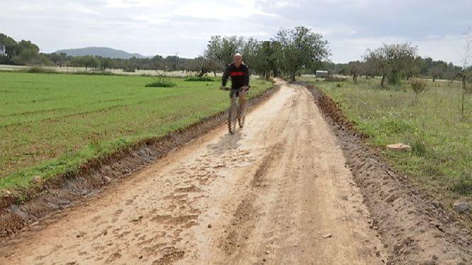 Darrers+retocs+al+sender+per+a+bicicletes+de+Sant+Joan