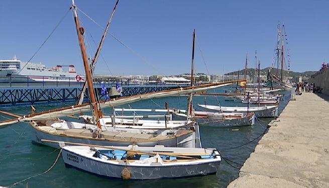 Les+embarcacions+tradicionals+ocupen+el+port+d%27Eivissa+per+un+cap+de+setmana