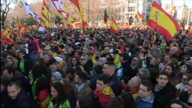 Abascal+exigeix+a+S%C3%A1nchez+que+respecti+la+Constituci%C3%B3+i+detenguin+a+Carles+Puigdemoment+i+Quim+Torra