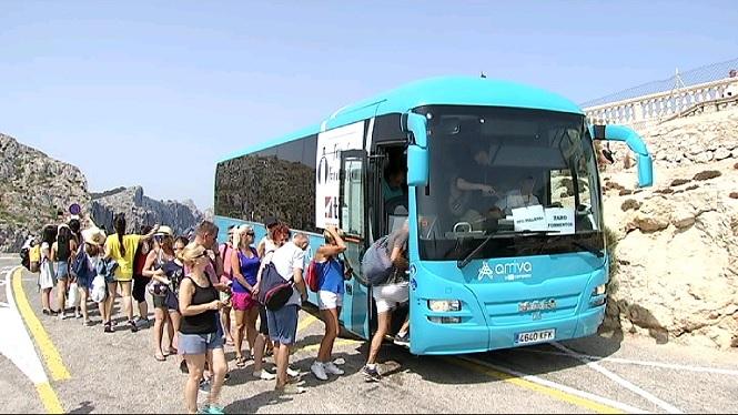 El+servei+de+bus+llan%C3%A7adora+de+Formentor+es+posar%C3%A0+en+marxa+en+15+dies