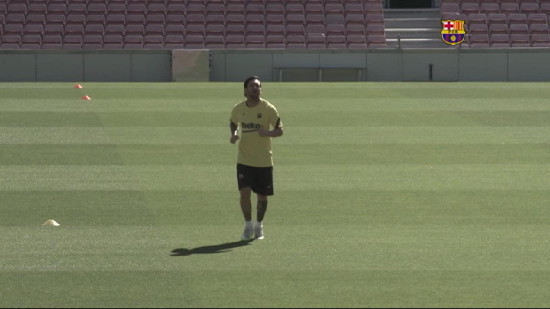 Leo+Messi+torna+als+entrenaments+i+apunta+a+Son+Moix