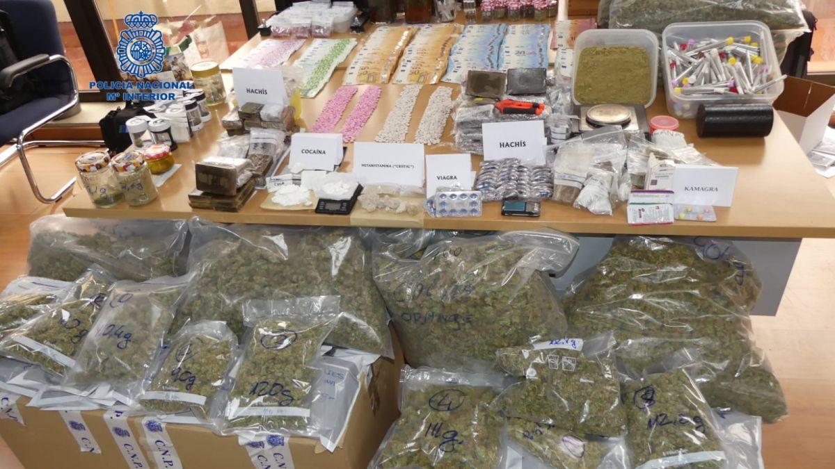 La+Policia+Nacional+desarticula+un+grup+criminal+dedicat+al+tr%C3%A0fic+de+drogues