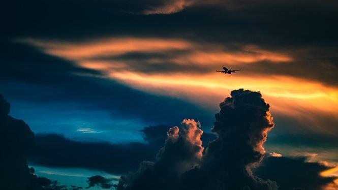 Agafar+vergonya+de+volar+i+consumir+productes+locals%3A+les+claus+per+reduir+l%27impacte+del+turisme