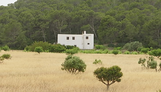Agroestades+a+Eivissa+amb+un+m%C3%A0xim+de+sis+places+en+tres+habitacions