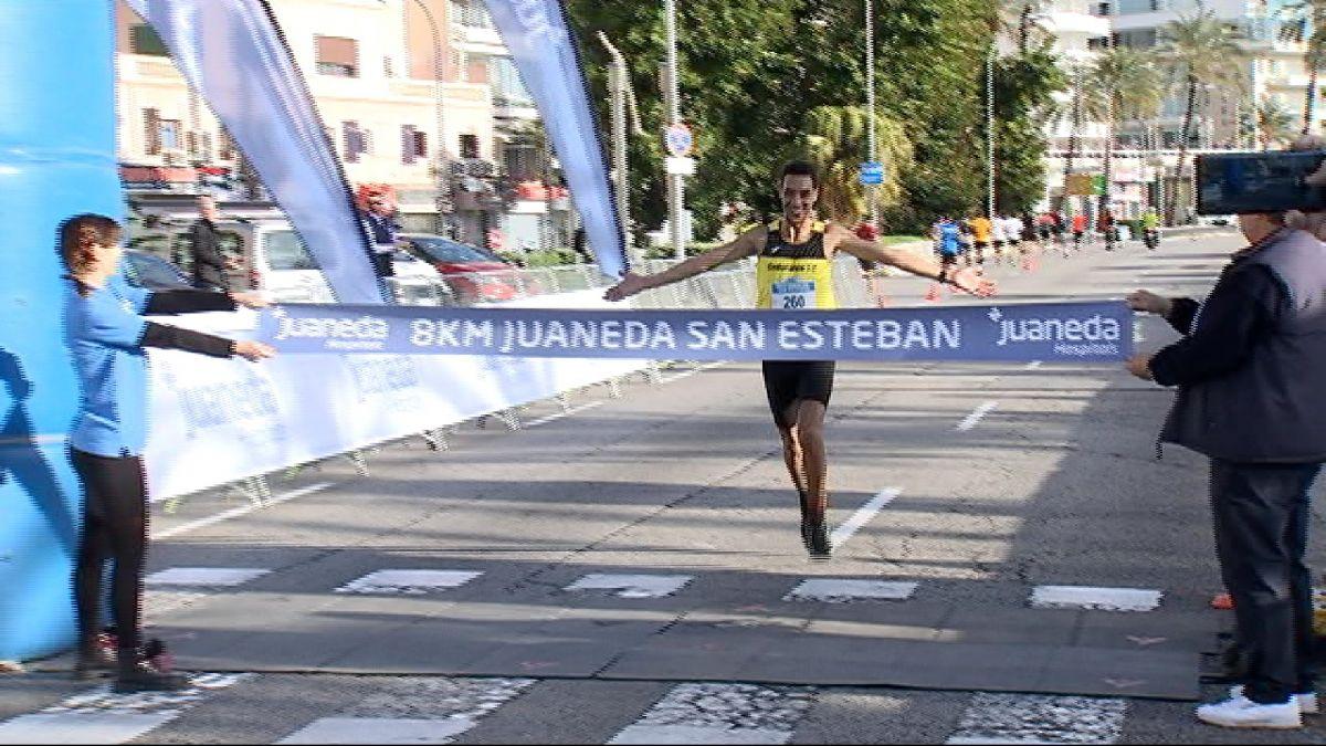 Aziz+Boutoil+i+Amanda+Mart%C3%ADn%2C+guanyadors+de+la+primera+8km+Juaneda+Sant+Esteve