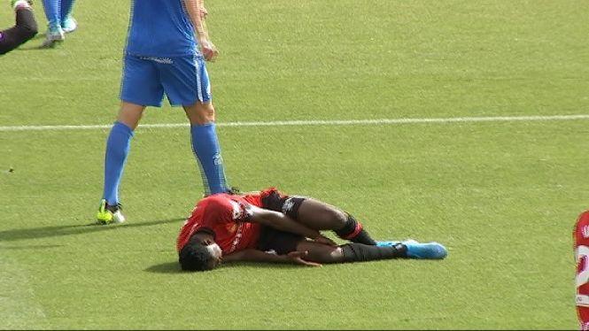 Rahman+Baba+pateix+un+trencament+parcial+del+lligament+del+genoll+dret