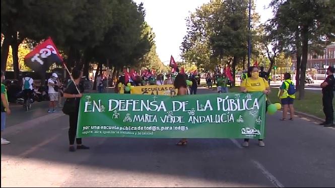 Demanen+escoles+segures+a+Andalusia